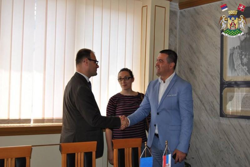 ФРАНЦУСКА АМБАСАДА УЗ ВРЊАЧКУ БАЊУ НА ТАКМИЧЕЊУ СРБИЈА У РИТМУ ЕВРОПЕ